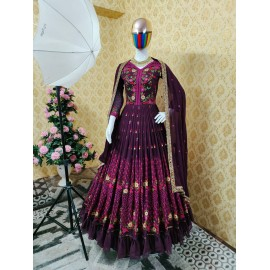 👉👗💥LUNCHING NEW ĐĚSIGNER PARTY WEAR LOOK NEW 6 COLOURS WITH HEVVY EMBROIDER AND RAFFAL WORK💥👗👌🎊🎊🎊🎊🎊🎊